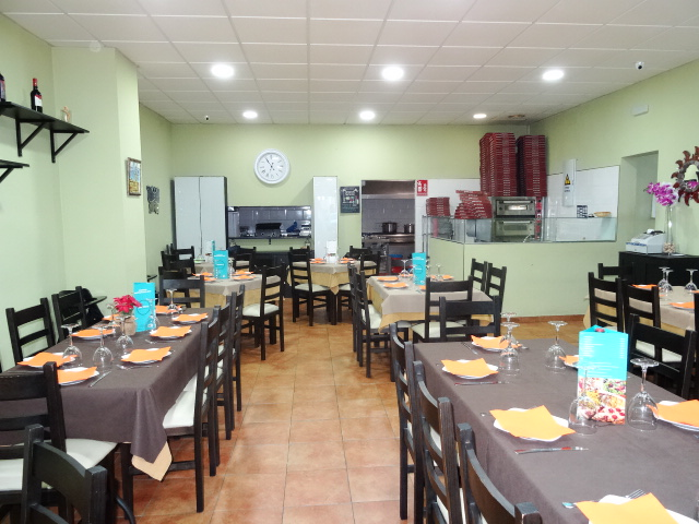 Espectacular Restaurante en Torremolinos - Ideal Pizzeria- Wok - Buffet