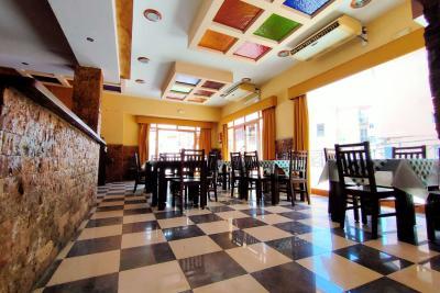 Ресторан и бар в аренду Беналмадена, Коста-дель-Соль, Ис...