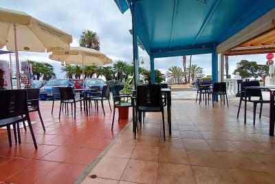 Кафе и бар Sandiwch в Беналмадена Бич Фронт - Аренда 550