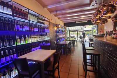 Ресторан и бар в Бенальмядене, Коста-дель-Соль, Испания ...